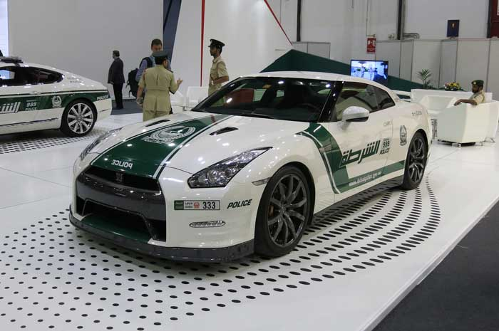 New Luxury Cars Added to Dubai Police Fleet