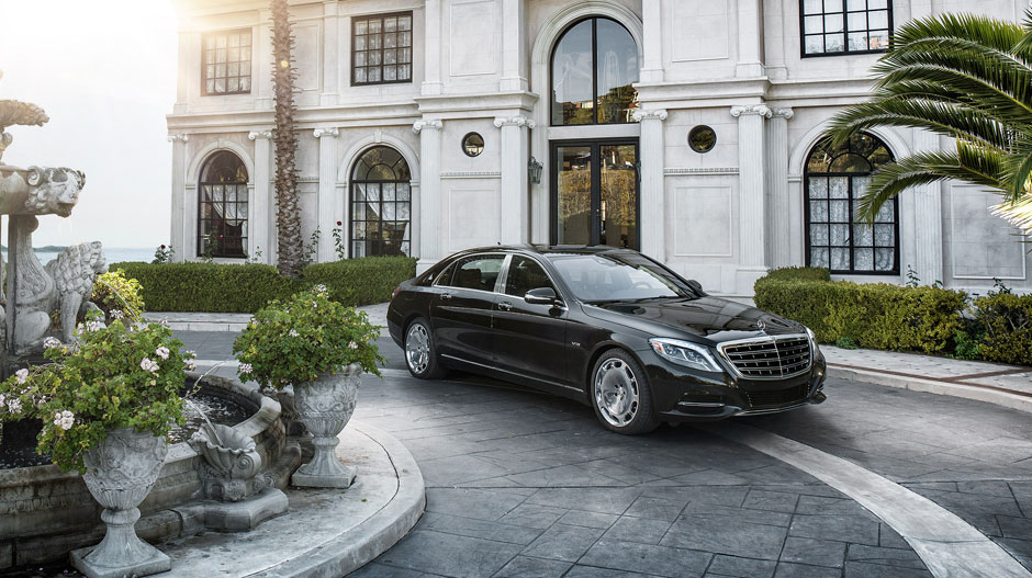 Mercedes-Benz Set to Become World's Luxury Cars King Again
