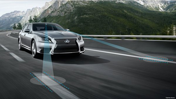 Safety Features of 2017 Lexus LS