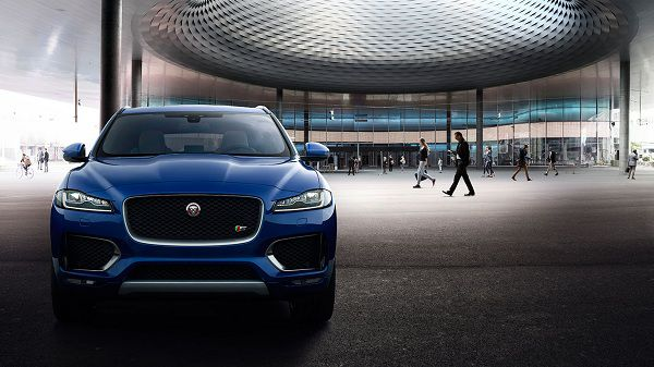 Design of Luxury Cars - 2017 Jaguar F-Pace