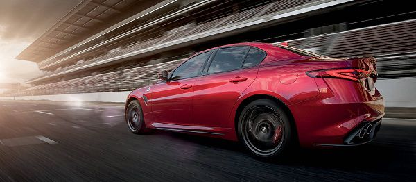 Powertrain of Alfa Romeo Giulia QV 2017