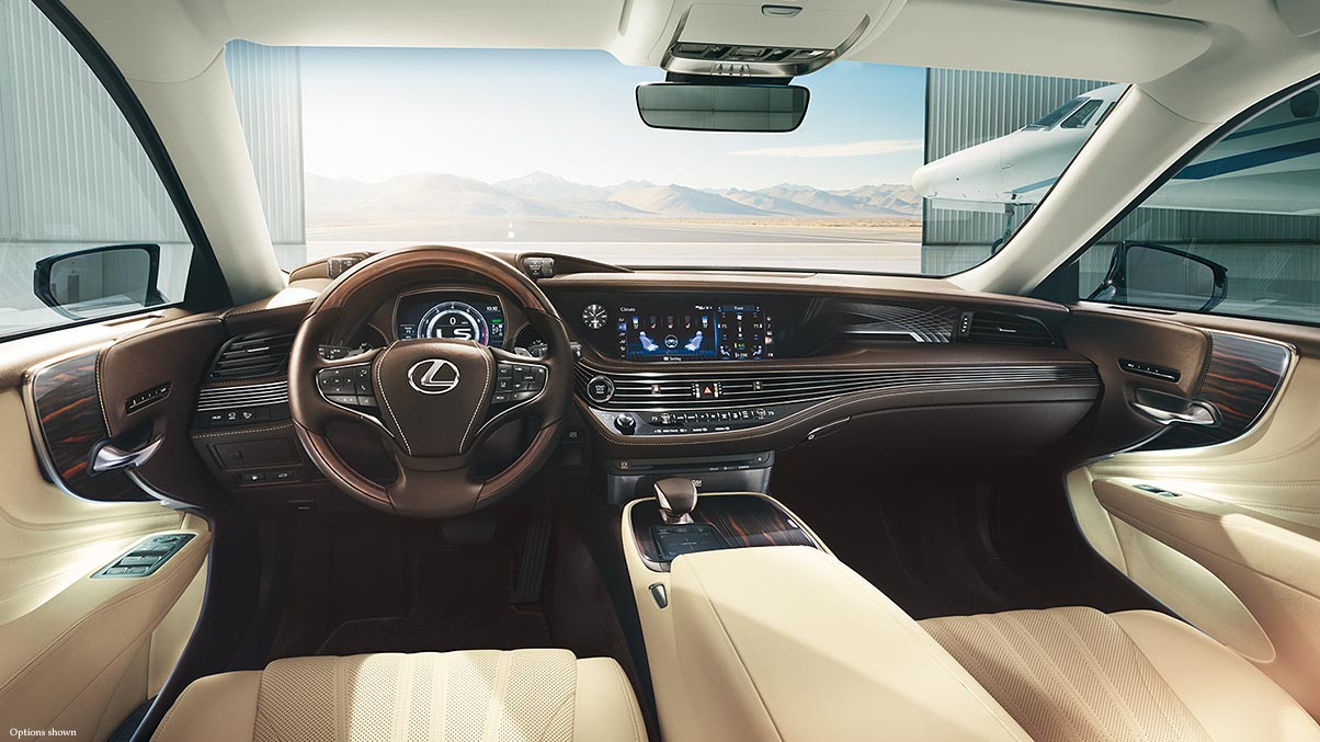 Interior of 2018 Lexus LS 500