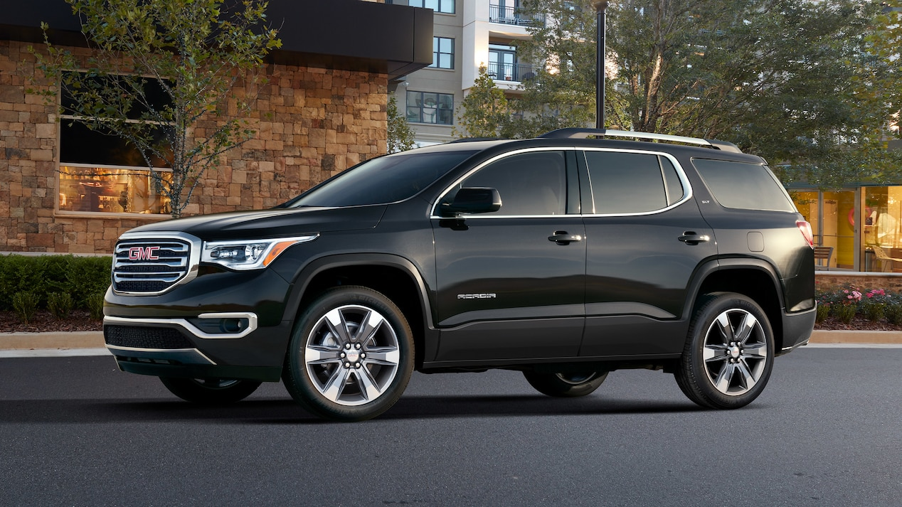 2019-gmc-acadia-family-suv-with-v6-engine-design