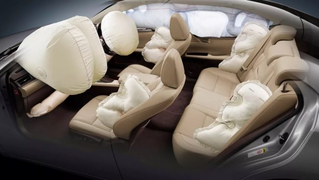 Safety features of the 2019 Lexus ES