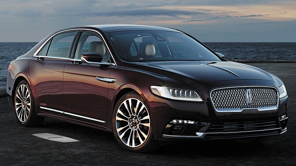 Exterior of the 2020 Lincoln Continental