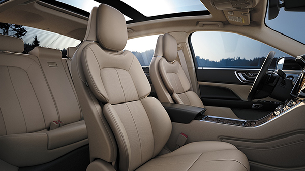 Interior of the 2020 Lincoln Continental