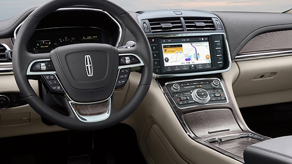 Technology of 2020 Lincoln Continental